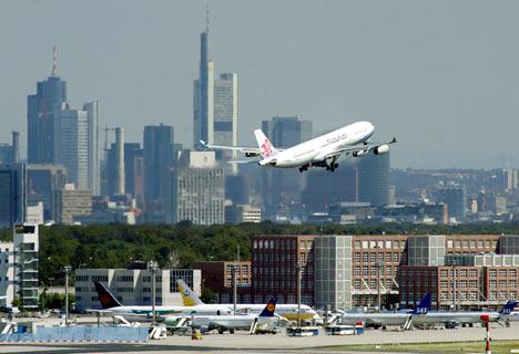FrankfurtAirport_468x320